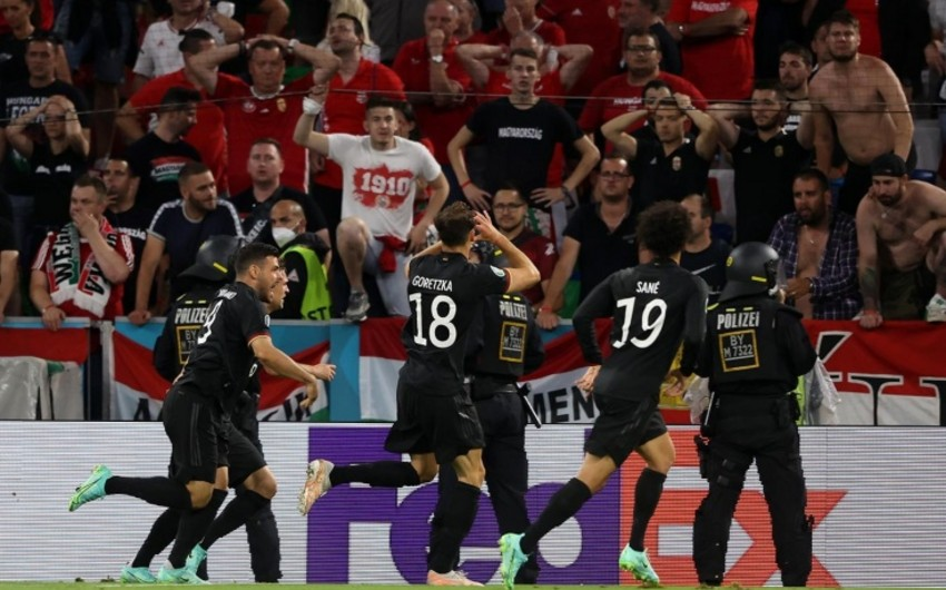 ЕВРО-2020: Гранды футбола вышли в плей-офф