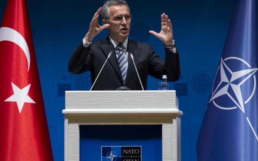 Stoltenberq: NATO Türkiyədəki vəziyyəti diqqətlə izləyir