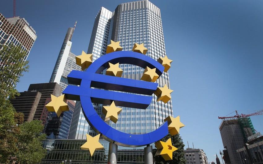 Mario Dragi: AMB monetar siyasətini dəyişə bilər
