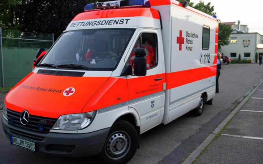 Almaniyada futbol meydançasına ildırım düşməsi nəticəsində 35 nəfər xəsarət alıb - YENİLƏNİB