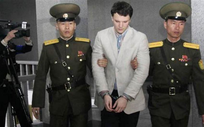 Şimali Koreyada siyasi plakat oğurladığına görə amerikalı tələbəyə 15 il iş verilib - FOTO