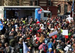 Около 10 тыс. человек приняли участие в акции протеста в Штутгарте
