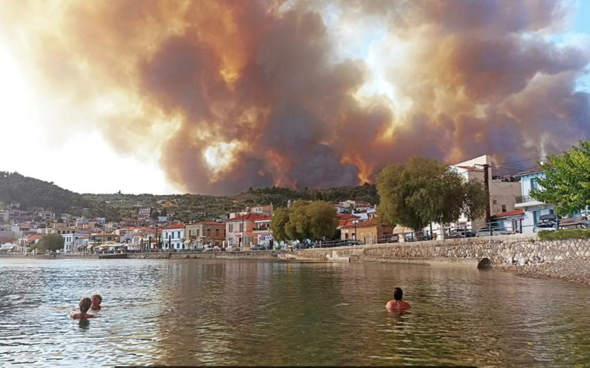 Yunanıstanda 154 ərazidə yanğın baş verib