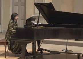 Azerbaijani pianist plays live concert in New York
