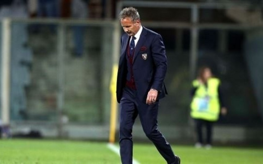 Португальский клуб расстался с назначенным 10 дней назад в команду главным тренером