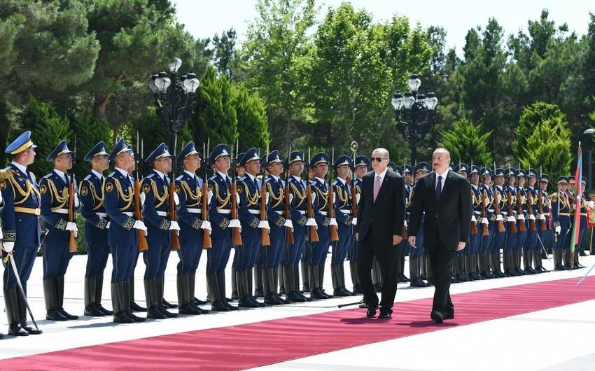 Türkiyə Prezidentinin rəsmi qarşılanma mərasimi olub