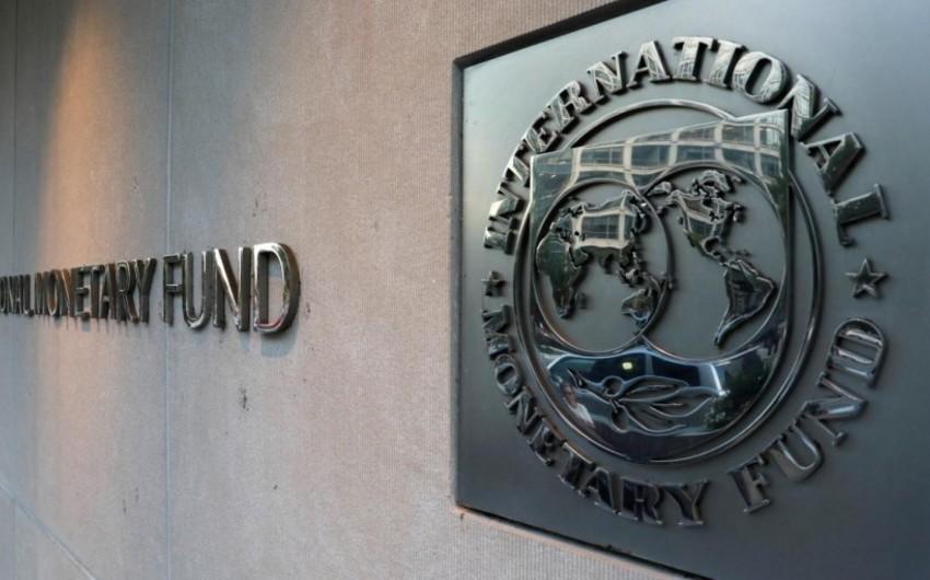 <p><strong>IMF gələn il üçün iqtisadi artım proqnozunu yüksəldib</strong></p>