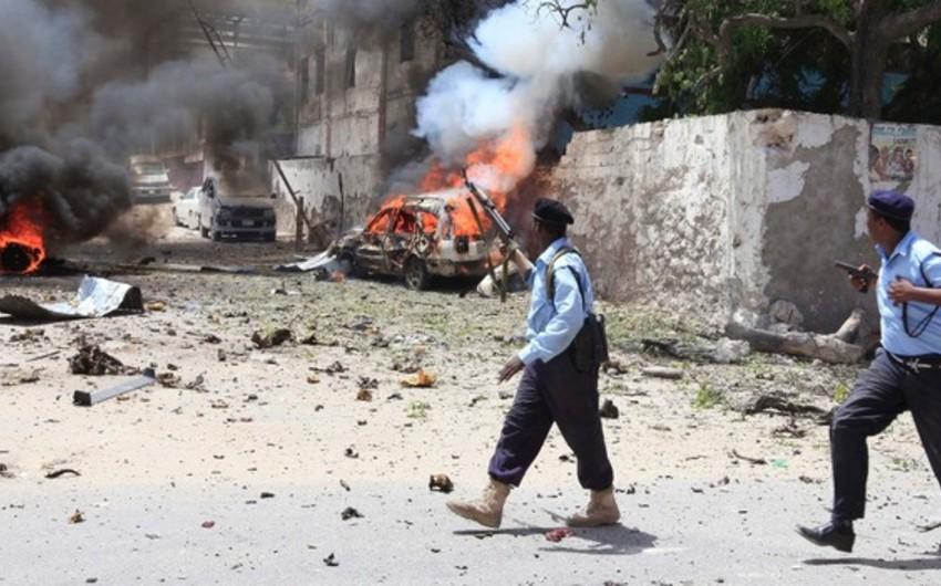 Somalidə terrorçu-kamikadze özünü hotelin yaxınlığında partladıb, doqquz nəfər ölüb