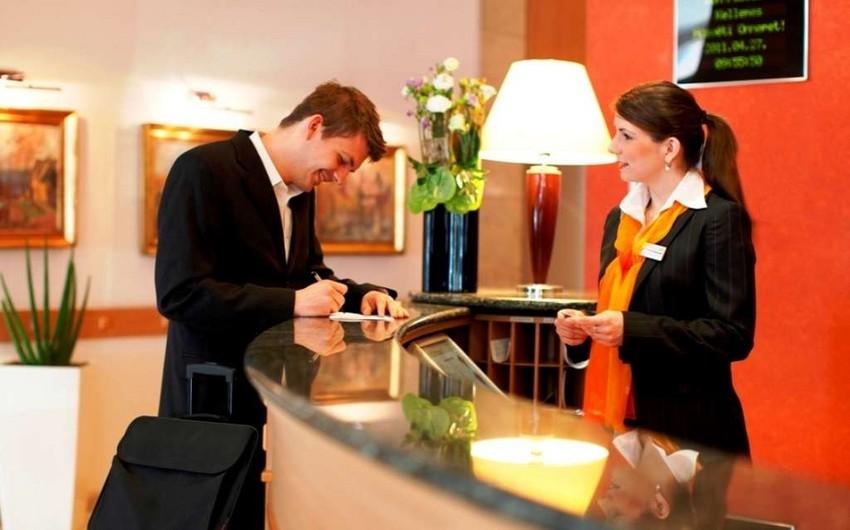 COVID-19 pasportunun olması tələbi hotel və restoranların işinə necə təsir edib?