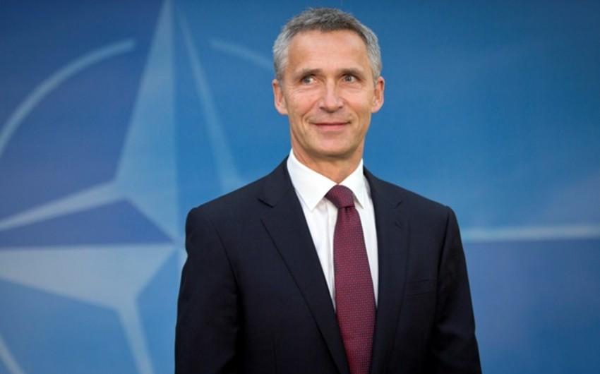 NATO-nun baş katibi Rusiyanın XİN başçısı ilə görüşüb