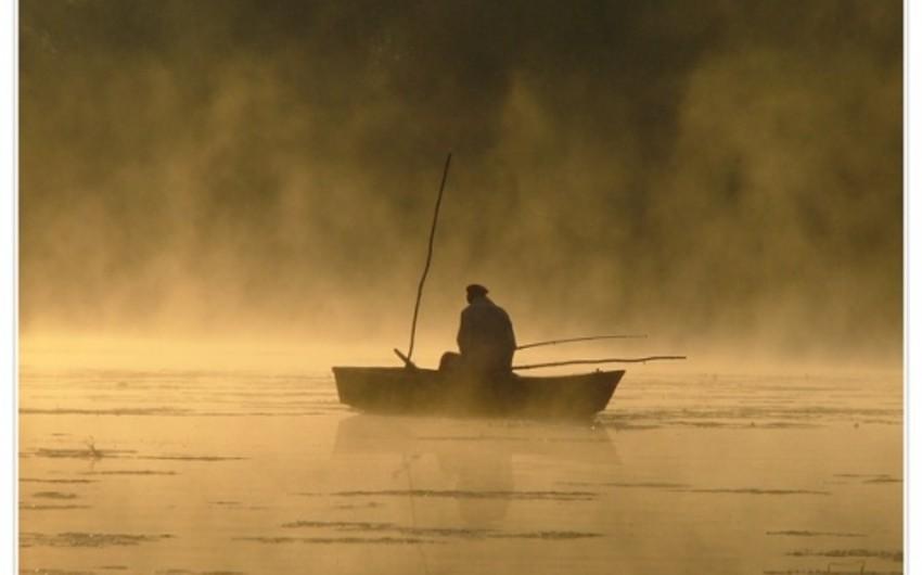 Bakıda qayığı çevrilən balıqçılar xilas edilib
