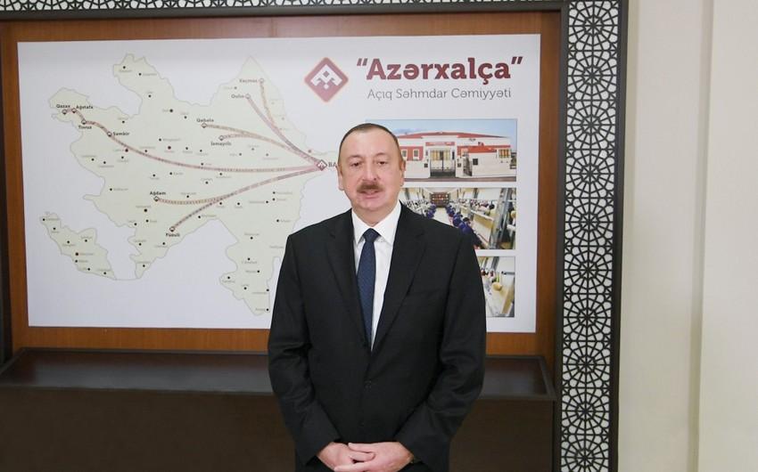 """Prezident: """"Gələn ilin sonuna qədər artıq 30 xalça fabriki işə düşəcək"""""""