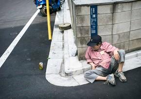 Yaponiyada keflənib yolda yuxuya gedənlərin sayı artır