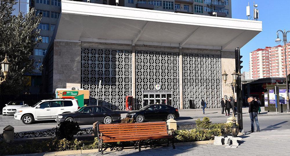 Завтра одну часть станции метро Хатаи закроют на ремонт, другую часть сдадут в пользование