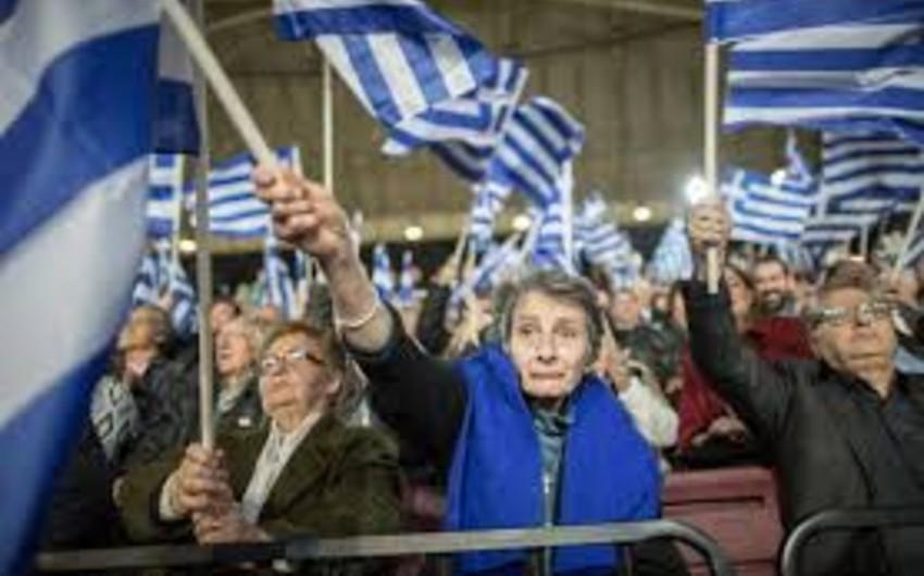 Yunanıstanda növbədənkənar parlament seçkiləri keçirilir