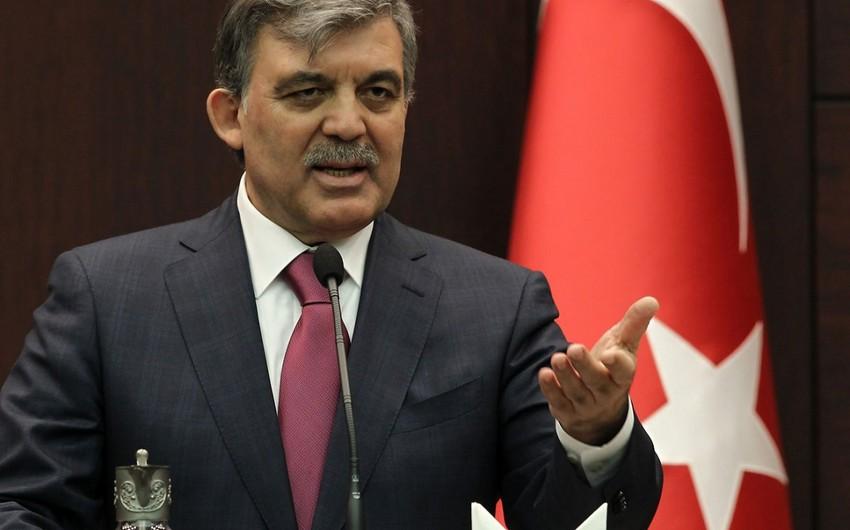 Abdullah Gül: Ölkələrimizin güclü əməkdaşlıq və həmrəylik ruhu sayəsində hər ötən gün daha da gücləndiyini müşahidə edirəm