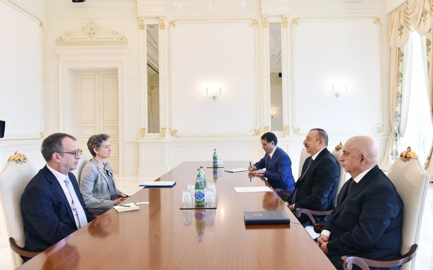 Prezident İlham Əliyev ATƏT-in Demokratik Təsisatlar və İnsan Haqları Bürosu missiyasının rəhbərini qəbul edib - YENİLƏNİB