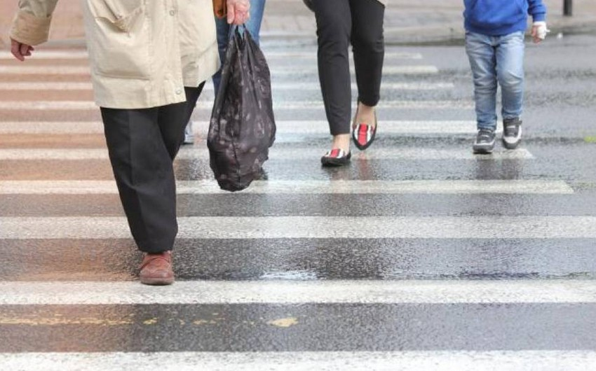 Bakıda 49 yaşlı qadın yol-nəqliyyat hadisəsində xəsarət alıb