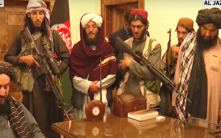 """""""Taliban"""" hərəkatının üzvləri prezident sarayında"""