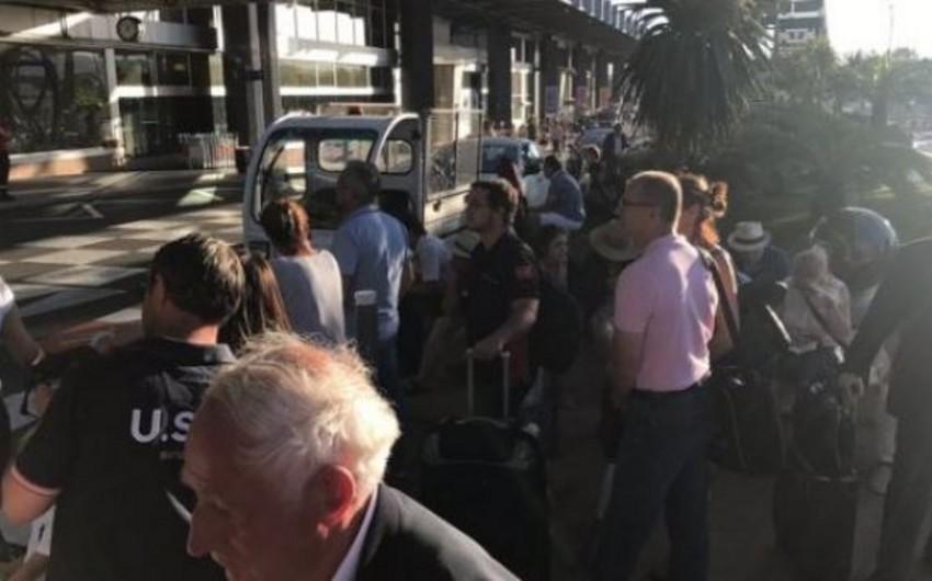 Nitsa aeroportu terror aktı təhlükəsi ilə əlaqədar təxliyyə edilib