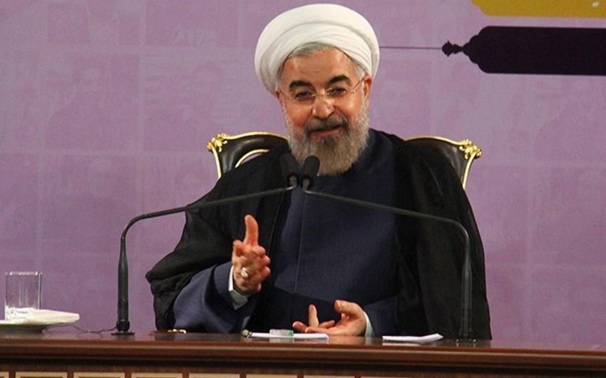 Президент Ирана призвал писателей показать истинное лицо Ислама