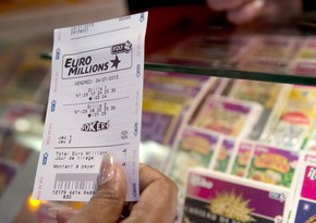 İrlandiya sakini lotereyada 50 milyona yaxın avro udub