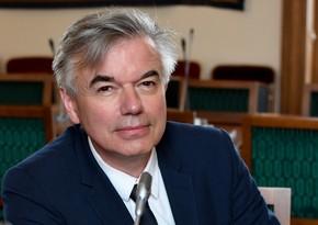 Ален Упер призвал президента Сената Франции не поддаваться наармянскую ложь