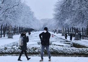Filomena snow storm collapses Madrid