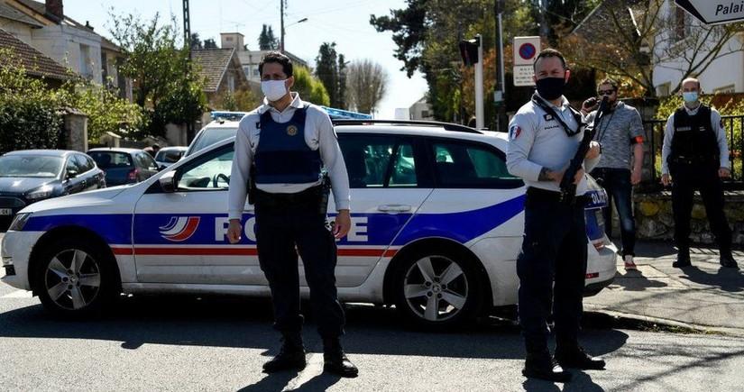 Fransada polis əməkdaşı narkotacirlərə qarşı əməliyyat zamanı öldürülüb