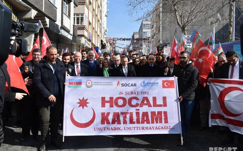 İstanbulda Xocalı soyqırımı ilə əlaqədar yürüş keçirilib - VİDEO - YENİLƏNİB
