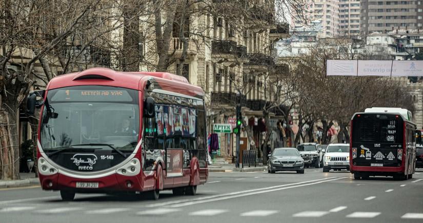С этого дня в Азербайджане прекращает работать общественный транспорт