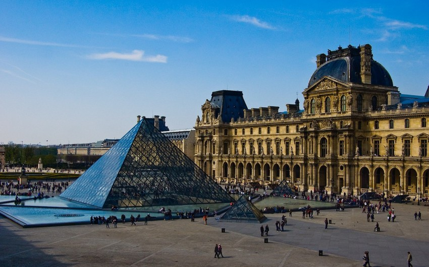 Louvre Museum loses 40 mln euros over COVID-19
