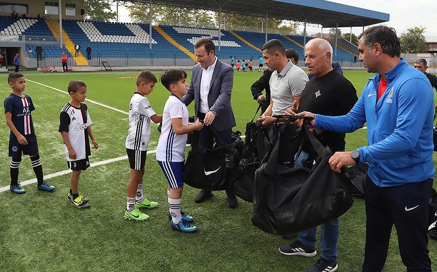 """Elxan Məmmədov """"Turan Tovuz"""" Futbol Akademiyasında olub"""