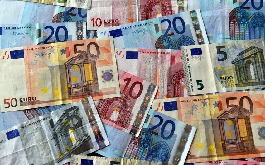 ECB və Yunanıstan avronun məzənnəsini ucuzlaşdırır