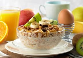 Диетолог рассказала, можно ли пропускать завтрак