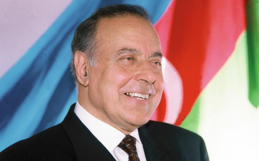 Heydər Əliyev Azərbaycan torpaqlarının Ermənistana verilməsinə mane olub