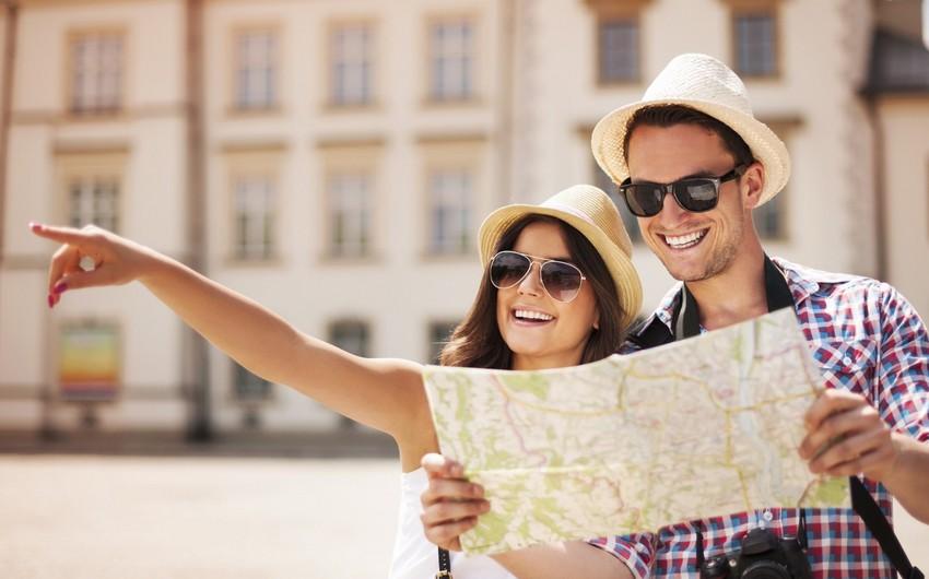 Tourist flow to Azerbaijan drops by 3%