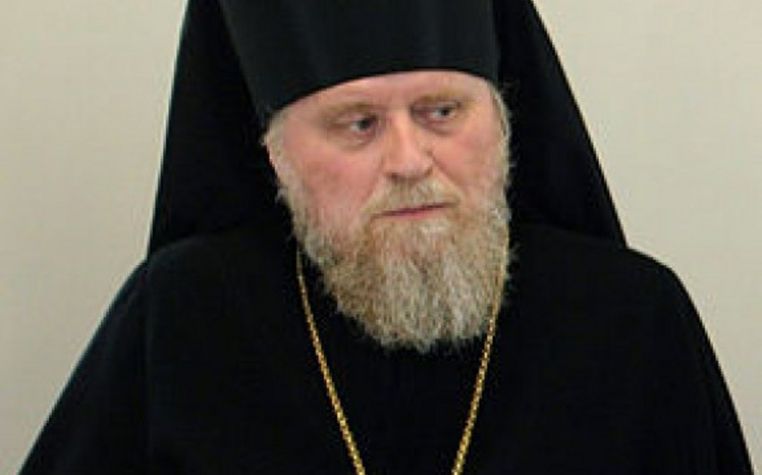 """Putin Bakı arxiyepiskopu Aleksandr Atanı """"Dostluq"""" ordeni ilə təltif edib"""