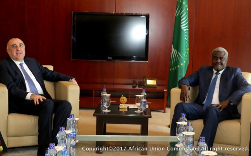 Elmar Məmmədyarov Afrika İttifaqı Komissiyasının sədri ilə görüşüb