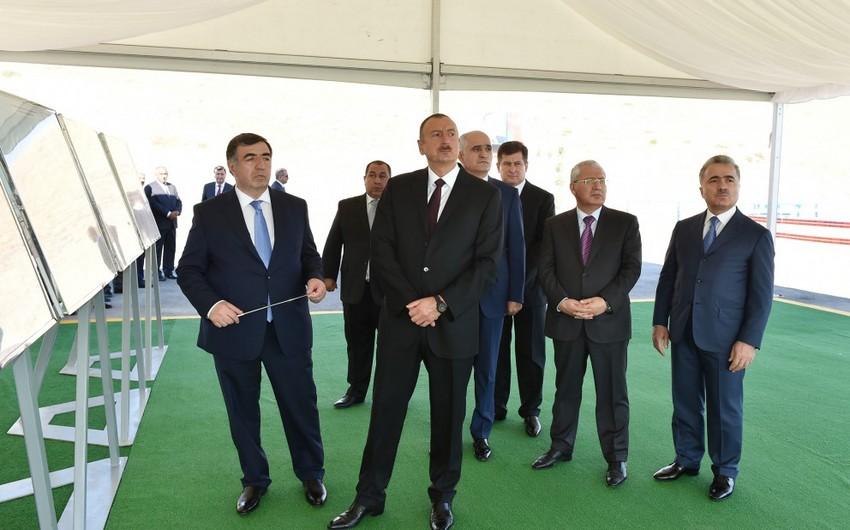 Prezident İlham Əliyev Xızı və Siyəzən rayonlarına səfər edib