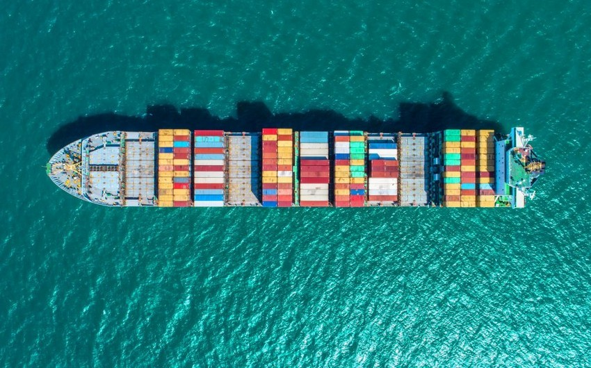 Azerbaijan sees 30% decline in positive balance of foreign trade turnover