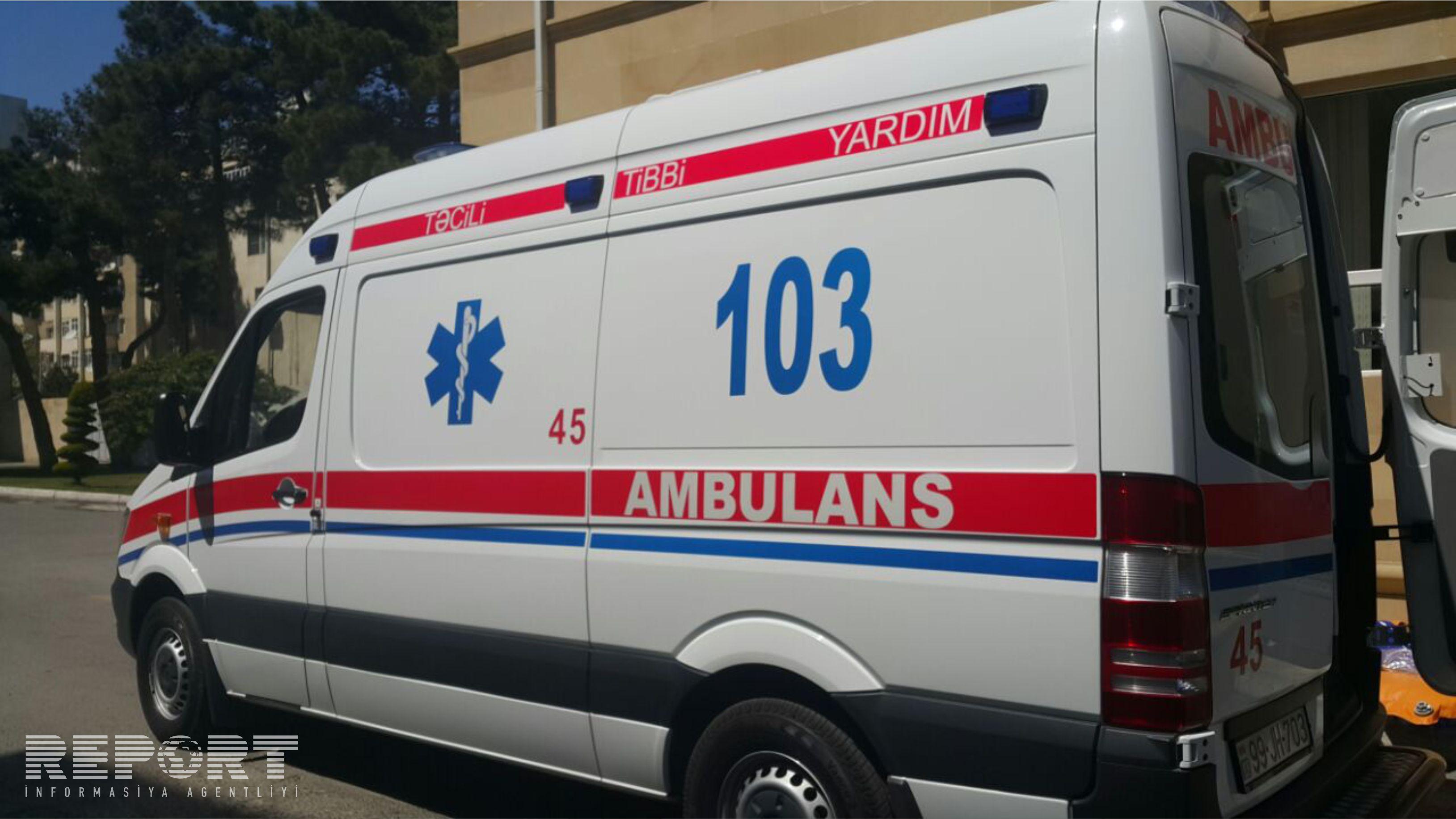 В одной из больниц Баку больной покончил с собой, перерезав себе горло