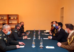 Azerbaijani, British military education experts hold meeting