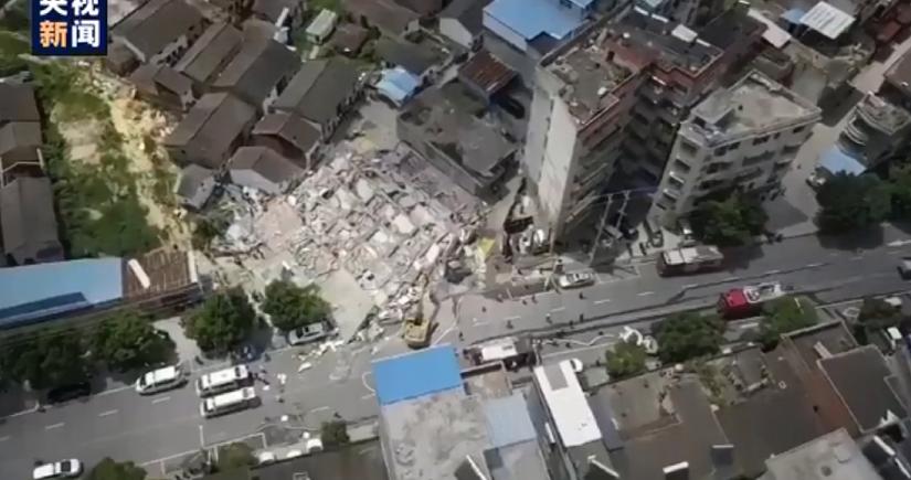 В Китае обрушился жилой дом, есть погибшие