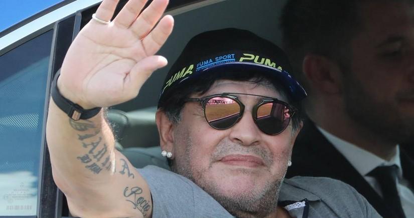 Pele: Maradona kimi dostları itirmək kədərlidir