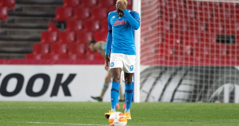 Napolinin futbolçusu yaddaşını itirib
