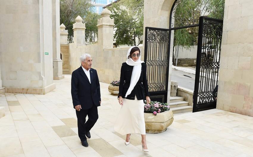 Гаджи Абдул: Meхрибан ханум Алиева вернула к жизни мечеть Имама Хусейна