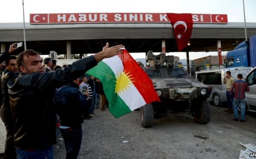 Bir qrup silahlı İraq kürdü Suriyaya keçmək üçün Türkiyəyə gedib