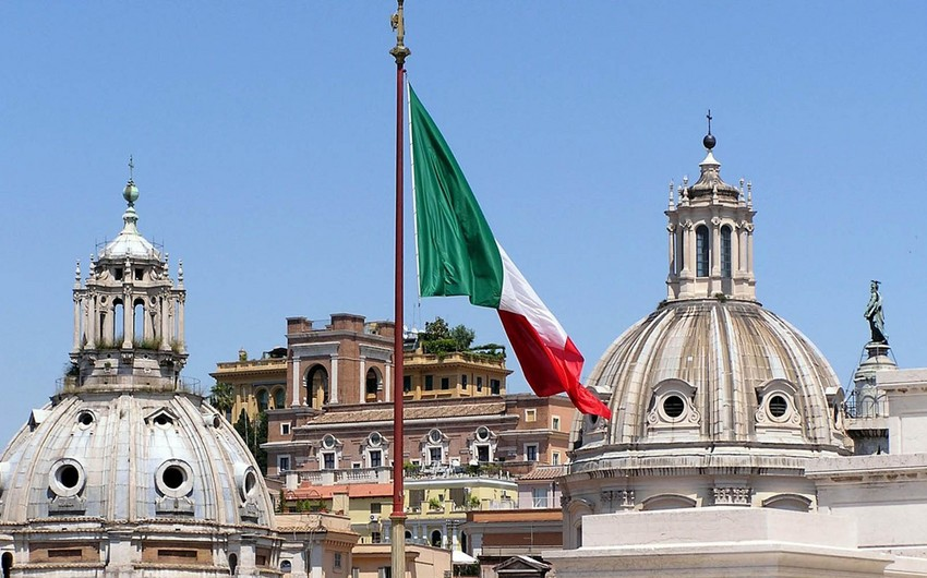 Italy's debt to hit 100-years high