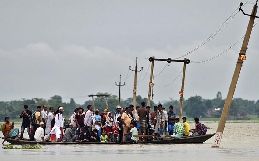 Hindistanda daşqınlar nəticəsində 85 nəfər ölüb